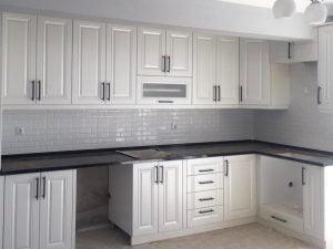 l tipi beyaz mutfak dolabı