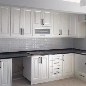 beyaz köşe mutfak dolabı